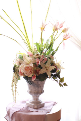 フラワーアレンジメント~会場装飾の花~エレガントスタイル~オーダーメイド品