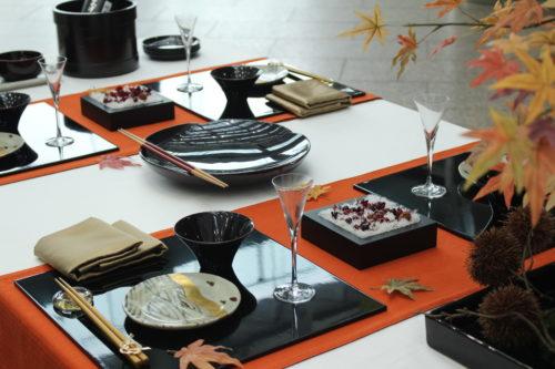文字フラワー「祝」「寿」秋のテーブルコーディネート画像